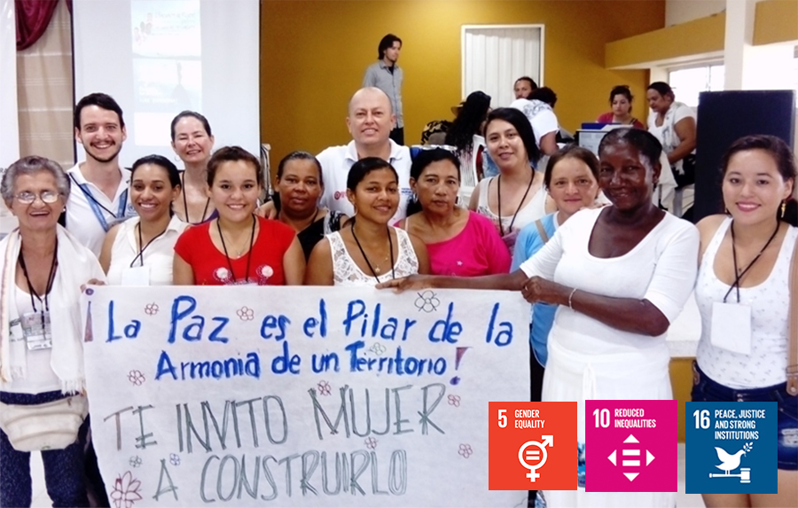 Volunteers in Colombia lead the inclusion of youth and women in peace processes.Voluntarios en Colombia lideran la inclusión de jóvenes y mujeres en los procesos de paz.