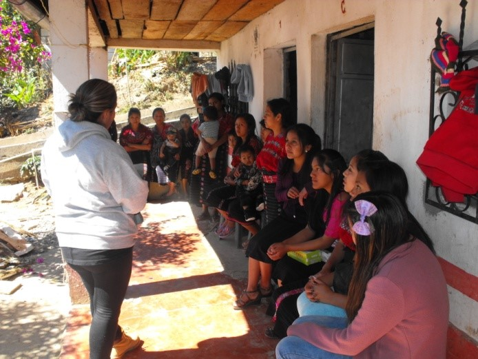 Workshop on human rights organized by UN Volunteers in the village of Santiago Chimaltenango, Guatemala.
