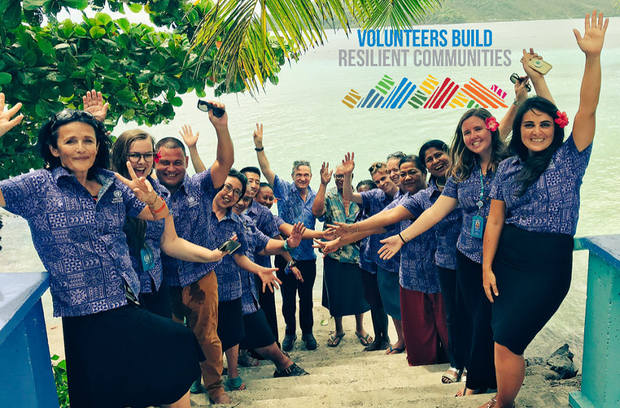UNV Executive Coordinator Olivier Adam marks International Volunteer Day 2018 in Samoa with Simona Mariescu (first from left), Resident Representative of UNDP, Shalina Miah (thirdfrom right), UNV's Regional Office for Asia and the Pacific and UN Volunteer