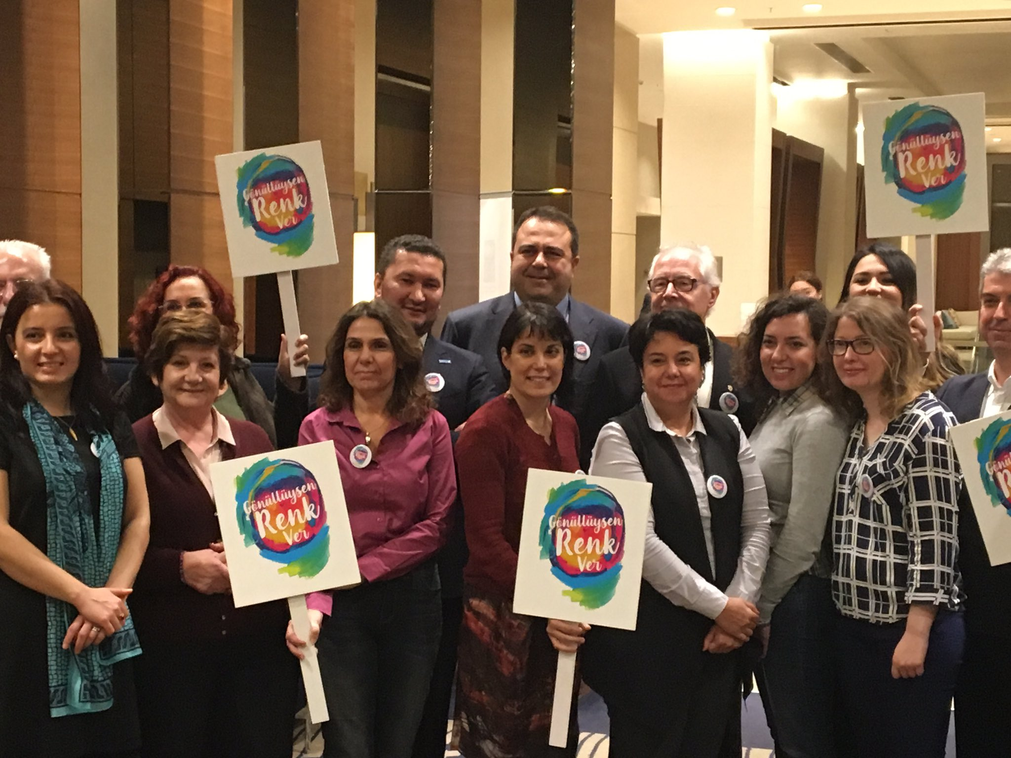 UNV Deputy Executive Coordinator Toily Kurbanov (back, third from left) celebrates volunteers and volunteerism with members of the National Volunteering Committee in Istanbul, Turkey.