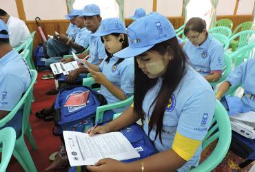 Youth volunteers for Disaster Risk Reduction in Myanmar (2017).