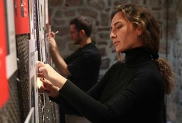 İpek Naz Çınar, national UN Volunteer, participating in an interactive exhibition and UN Women Turkey PechaKucha event on 7 March 2020.