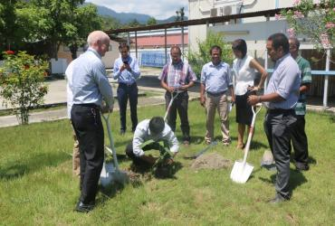 UNV_Sung-gil Lee working for climate action and planting trees in Timor-Leste