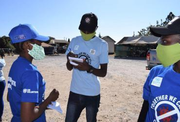 Community Youth Volunteers deployed by UNDP and UNV in Zambia in response to COVID-19 .