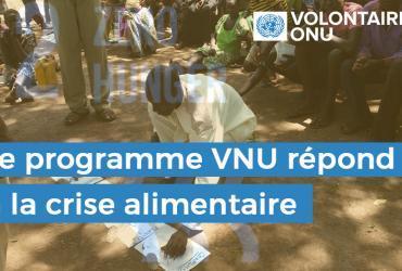 Sila Mohammed Kon, chef de la communauté de Wulu Gedim (Soudan du Sud), participe à une réunion de sélection d'animateurs afin d'aider la communauté à diriger son propre développement et à parvenir à la sécurité alimentaire. (Programme VNU, 2016)